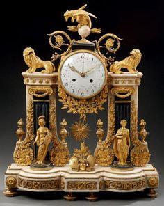 Vente aux encheres - TABLEAUX ANCIENS, MOBILIER, OBJETS D'ART - Aguttes Antique Desk, Antique Clocks, Antique Furniture, Mantel Clocks, Old Clocks, Luis Xvi, Unusual Clocks, Art Ancien, Retro Clock
