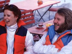 Anni-Frid and Benny in ski-outfits in Laysin Switzerland 1979
