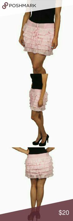 New Layered Pink Skirt Medium New stylish layered pink short skirt. Skirts Mini
