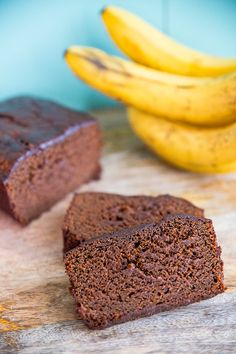 Banana Gingerbread Loaf ! A brand new way to make banana bread and it's perfect for the holidays!