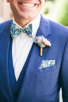 Floral Inspired Spring Wedding Looks Blue Suit Wedding, Wedding Men, Wedding Groom, Wedding Suits, Wedding Attire, Dream Wedding, Blue Groomsmen, Groom And Groomsmen Style, Groom Attire