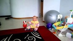 Вика играет с неваляшкой. Детский канал Viki Land #11
