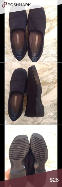 Easy Spirit Black Shoe Easy Spirit Spa stretchy black shoe, size 7. No tears, rips or holes. Lightly worn. No box. Easy Spirit Shoes Flats & Loafers