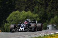 Grid: 15th, Kevin Magnussen, Haas F1 Team VF-17