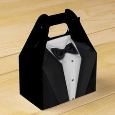Black Tuxedo Favor Box Say thank you to wedding guests with! Make your guests feel special with these one-of-a-kind favor boxes! Wedding Give Away bag Wedding Favor Boxes, Gifts For Wedding Party, Party Gifts, Party Favors, Party Items, Shower Favors, Baby Shower Invitations, Boss Baby, Black Tuxedo