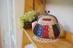 Snap Frame Patchwork Purse Pouch. Photo Tutorial. Step by step DIY.  Косметичка с фермуаром. МК.