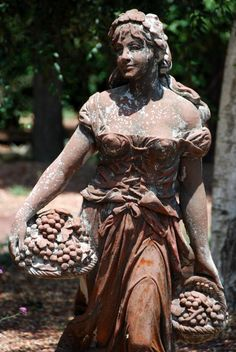 beautiful statuary