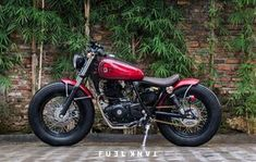 Look at a couple of my most desired builds - handpicked scrambler designs like Honda Shadow Bobber, Honda Bobber, Honda Scrambler, Yamaha, Bobber Chopper, Cafe Racer Motorcycle, Motorcycle Style, Concept Motorcycles, Custom Motorcycles