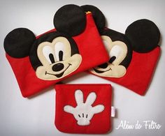Felt Pouch, Felt Purse, Diy Purse, Felt Crafts, Diy And Crafts, Crafts For Kids, Pochette Portable Couture, Minnie Y Mickey Mouse, Pillow Crafts