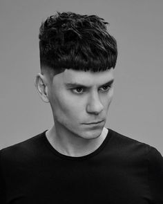 16 Best French Crop Haircut: How to Get + Styling Guide – Men's Hairstyles – Men's Hairstyles and Beard Models Mens Crop Haircut, Messy Haircut, Low Fade Haircut, French Haircut, Popular Mens Hairstyles, Hairstyles Haircuts, Haircuts For Men, Bowl Haircuts, Medium Skin Fade