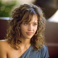 Jessica Alba's hair in the movie 'Honey'