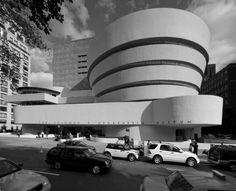 Frank Lloyd Wright  Architect Guggenheim Museum