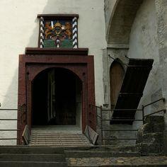 Lenzburg castle, drawbridges