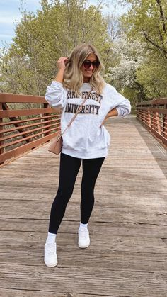 Cute Everyday Outfits, Cute Simple Outfits, Really Cute Outfits, Cute Lazy Outfits, Basic Outfits, Mom Outfits, Trendy Outfits, Cute Church Outfits, Trendy Clothing