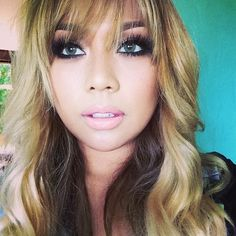 "@pala_foxxia: ""Aloha in hawaii  Forrest green @Desio eyes ---- oh ya Blondie ☀️"""
