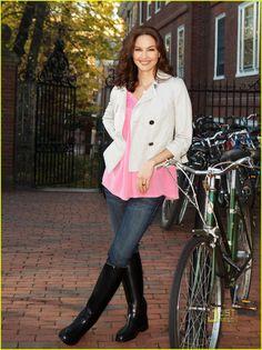 Ashley Judd Covers 'Redbook' February 2010