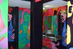 pintura em boate banheiro