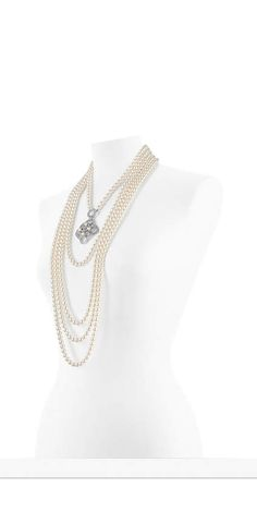 The latest Costume jewelry collections on the CHANEL official website