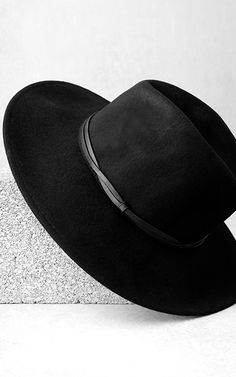 10674e6d95 Wyeth Moonstone Black Fedora Hat