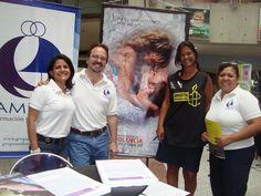 """Evento Día Mundial de la Salud En la foto de izquierda a derecha: Yeraldine Quiñonez, Miguel Constenla, representante de """"Amnistía Internacional"""" y Sheyla Garcés"""