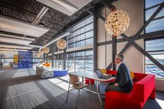 """Milwaukee, Wisconsin-based architectural firm Eppstein Uhen Architects designed the new office of technology and industrial leader Johnson Controls in West Allis, Wisconsin. """"Johnson Controls' new … Corporate Office Design, Corporate Interiors, Workplace Design, Office Interiors, Commercial Design, Commercial Interiors, West Allis Wisconsin, Future School, Design Strategy"""