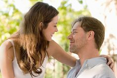 marion cotillard & russell crowe. [i don't mind the bad reviews for a good year, i will forever enjoy that film.]