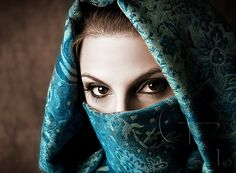Pretty veil and eyes.