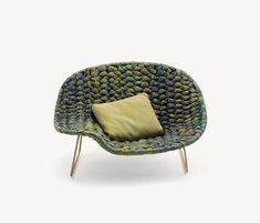Shito chaiselongues - Designer Reclining chairs by Paola Lenti ✓ Comprehensive product & design information ✓ Catalogs ➜ Get inspired now Leather Furniture, Cool Furniture, Furniture Design, Outdoor Furniture, Paola Lenti, Arrow Decor, Piece A Vivre, Futuristic Furniture, Leather Recliner