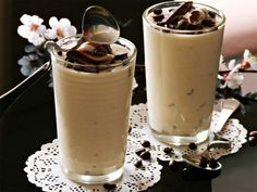 Coffee Mousse with Sour Cream