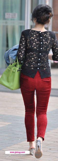 黑色花纹镂空T恤性感美女 Mint Jeans, Bell Sleeves, Bell Sleeve Top, Tops, Women, Fashion, Moda, Fashion Styles, Fashion Illustrations
