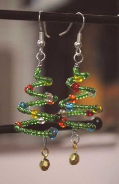 Christmas Tree Earrings, Holiday Beaded Jewelry - Christmas Tree Earrings Holiday Beaded by emilymbongoriginals - Christmas Tree Earrings, Christmas Jewelry, Xmas Tree, Handmade Christmas, Christmas Trees, Christmas Crafts, Diy Jewelry Unique, Jewelry Gifts, Handmade Jewelry