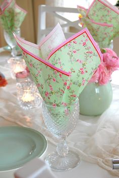 tablescape -- like the idea of paper napkins in the glass