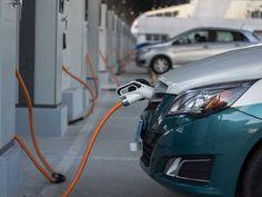 La petrolera Cepsa se aferra al negocio de los carburantes y no ve futuro en el coche eléctrico   forococheselectricos
