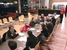 Speed dating for your staff meeting! Get teachers out of departmental boxes & encourage collaboration.