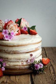 Vanilla and Berry Layer Cake Vegan Vanilla and Berry Layer Cake.Vegan Vanilla and Berry Layer Cake. Scones Vegan, Cake Vegan, Vegan Vanilla Cake, Vegan Lemon Cake, Gluten Free Vegan Cake, Vegetarian Cake, Patisserie Vegan, Gateaux Vegan, Bolo Cake
