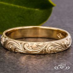 YELLOW GOLD ENGRAVED BAND #GreenLakeJewelry