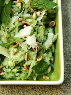 concombre, pignon, fleur de sel, huile d'olive, jus de citron, ail, parmesan, basilic