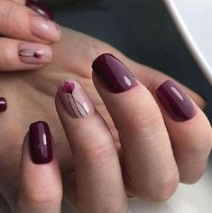 Beautiful Wine Glossy Polish With Tulip Design For Square Oval Nails #springnaildesigns #summernails