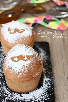 MUFFIN DI CARNEVALE, SENZA GRASSI! Facili e buonissimi! #muffin #carnevale #ricettafacile #senzagrassi #gialloblog #lacucinadinonnalina