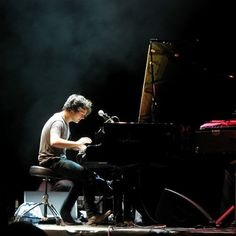 Jamie Cullum my first music love was Billy Joel but now I only have eyes for you.