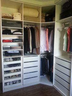 Un #dressing d'angle pour la #chambre http://www.m-habitat.fr/petits-espaces/dressing/le-dressing-en-kit-3288_A