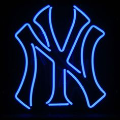 MLB New York Yankees Neon Sign. The crown jewel of any serious Man Cave! Big and bright like the New York Yankees Neon Sign in your favorite watering hole. Yankees Outfit, Yankees Gear, Yankees Baby, Yankees Logo, New York Yankees Baseball, Ny Yankees, Mlb Teams, Baseball Teams, Sports Teams