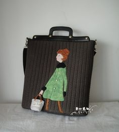 adorable applique with that tiny tote bag