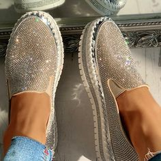 Women Casual Fashion Rhinestone Slip-on Loafers – inspireyoos Cute Shoes Flats, Bling Shoes, Me Too Shoes, Sequin Shoes, Loafer Sneakers, Casual Loafers, Mode Outfits, Toe Shape, Loafers For Women