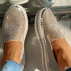 Women Casual Fashion Rhinestone Slip-on Loafers – inspireyoos Cute Shoes Flats, Bling Shoes, Me Too Shoes, Sequin Shoes, Loafer Sneakers, Casual Loafers, Mode Outfits, Loafers For Women, Women Slip On Sneakers