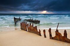 dicky beach by Pawel Papis, via 500px