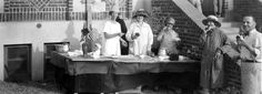 Holiday Picnic in Glendale. circa 1920. The lady to the far left is Mrs. Erwin and the gentleman to the far right is Ben Williams. Glendale Central Public Library. San Fernando Valley History Digital Library.