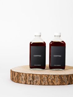 coffee branding The boys from Coffee have a laser - coffee Coffee Shop Branding, Coffee Packaging, Bottle Packaging, Chocolate Packaging, Food Packaging, Coffee Shot, Coffee Drinks, Coffee Coffee, Krups Coffee