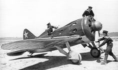 Starting the engine fighter-16 type 24 in one of the regiments of the Soviet Navy