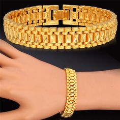 Gold Chains For Men Rock Style Real Gold /Platinum Plated Chunky Chain Link Bracelet - 18k Gold Bracelet, Mens Gold Bracelets, Gold Bangles, Link Bracelets, Bangle Bracelets, Bracelet Men, Trendy Bracelets, Leather Bracelets, Ladies Bracelet